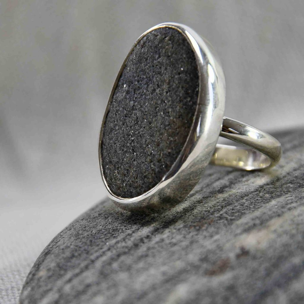 Ring aus Kieselstein